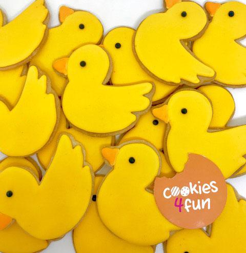 Biscoitos patinhos amarelos